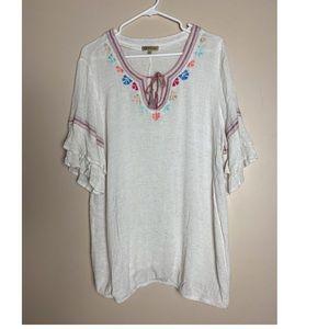 Democracy XL Boho Off-white Embroidered blouse